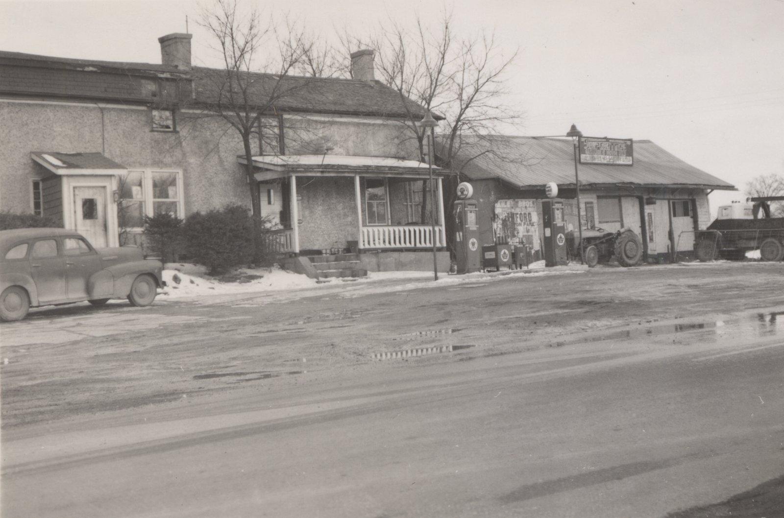 Bob Fairman's Garage, 1952
