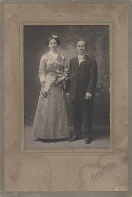 Wedding Photograph of Jane Devlin and Ransome Brownridge, ca1900