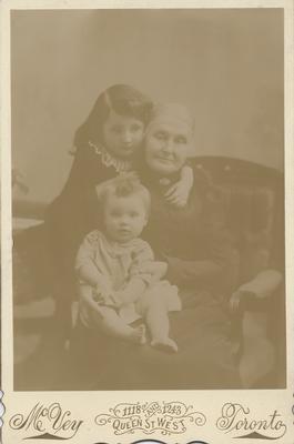 Rhoda (Lawrence) Reid & The Niebel Children