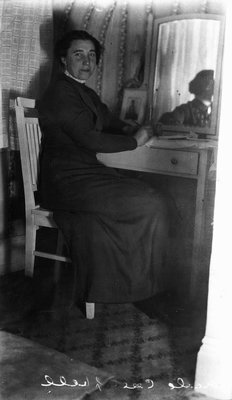 Frede Campbell, ca.1912, Leaskdale, ON.