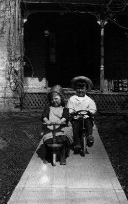 Stuart & Ruth Cook age 6, ca.1921.  Leaskdale, ON.