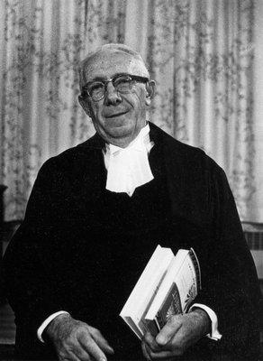 Willard F. Greig.