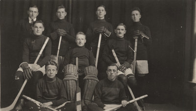Evangelical Lutheran Seminary of Canada hockey team