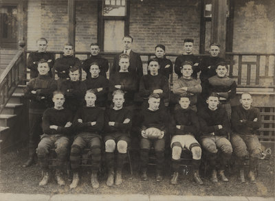 Evangelical Lutheran Seminary of Canada rugby team, 1922