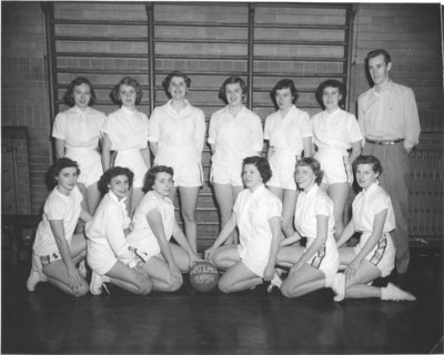 Waterloo College women's basketball team, 1953-54