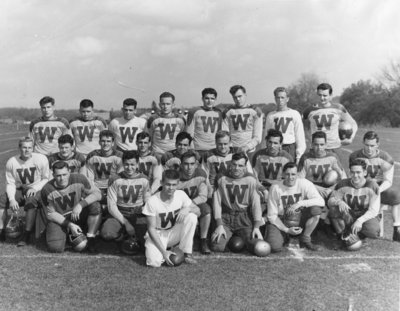 Waterloo College football team, 1949-50