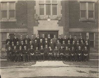 Seminary and Waterloo College School students and faculty