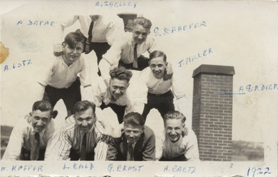 Waterloo College School students on the roof of Willison Hall