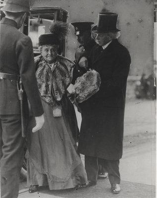 Sir Wilfrid Laurier's golden wedding day, 1918