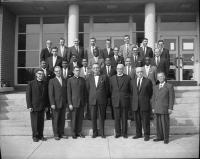 Waterloo Lutheran Seminary faculty and students, 1960-61