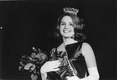 Miss Canadian University Queen 1967
