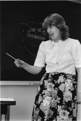 Leslie O'Dell in Classroom
