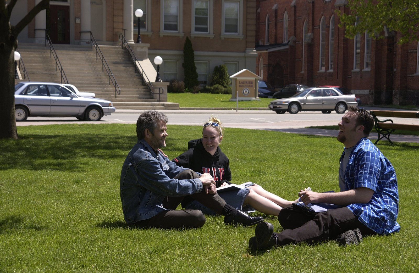 Leo Groarke and students in Victoria Park, Brantford, Ontario