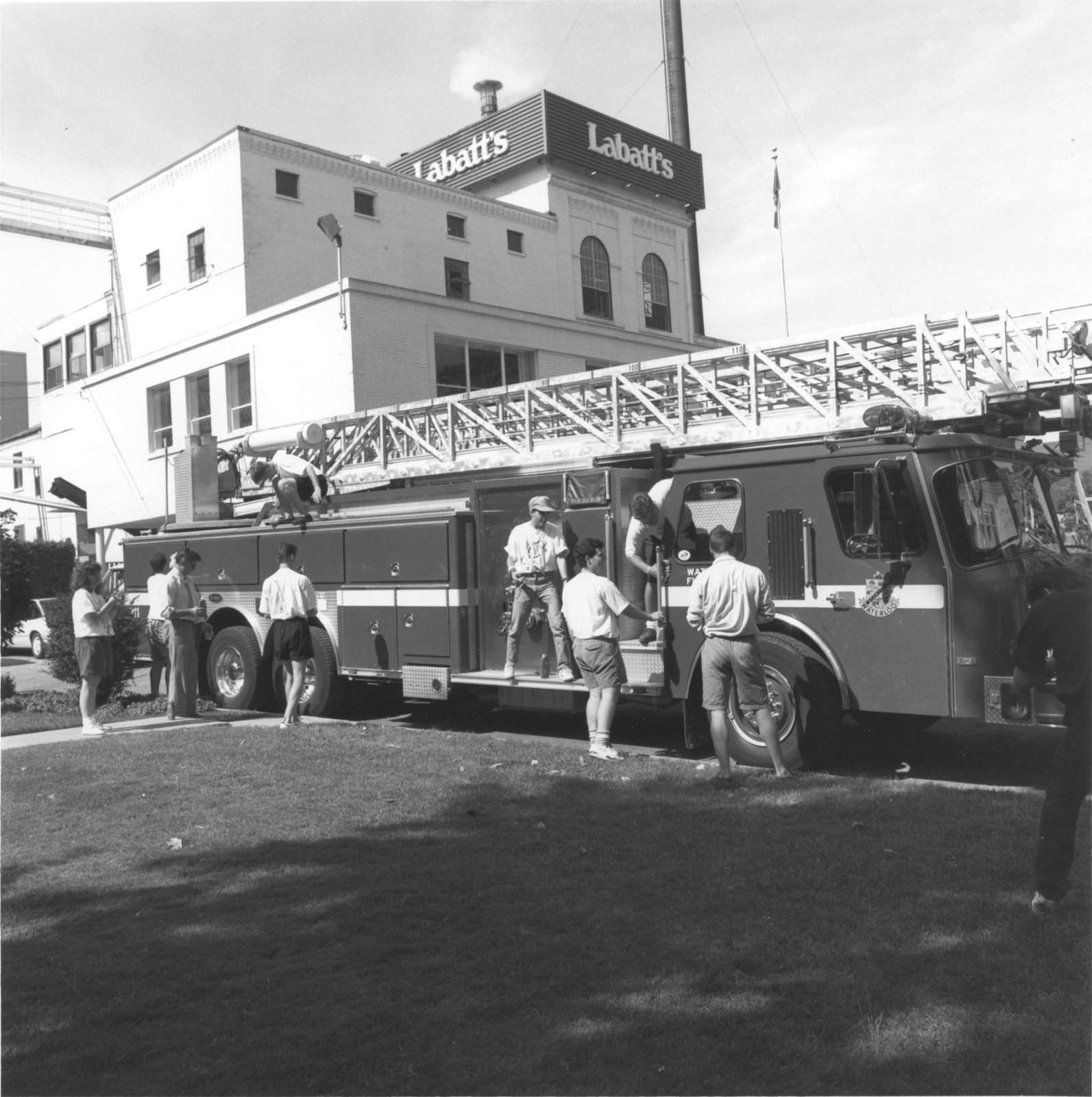 Shinerama fire engine shine-off, 1991