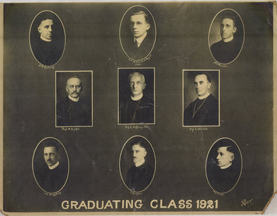 Evangelical Lutheran Seminary of Canada graduating class of 1921