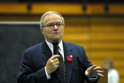 President Rosehart speaking at Laurier Day, 2001
