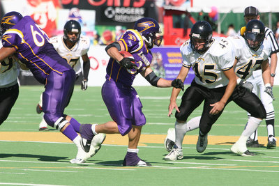 Wilfrid Laurier University Homecoming football game, 2005