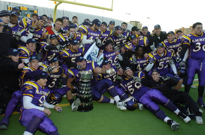 Wilfrid Laurier University Golden Hawks with 2004 Yates Cup