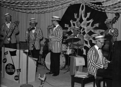 The Royal City Six performing during Waterloo Lutheran University's Mardi Gras celebration, 1968