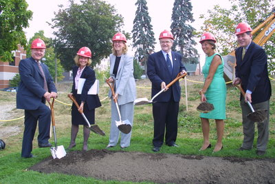 Wilfrid Laurier University Science and Research Center ground breaking