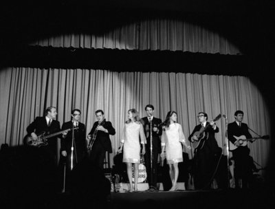 Serendipity Singers performing at Waterloo Lutheran University Winter Carnival, 1967