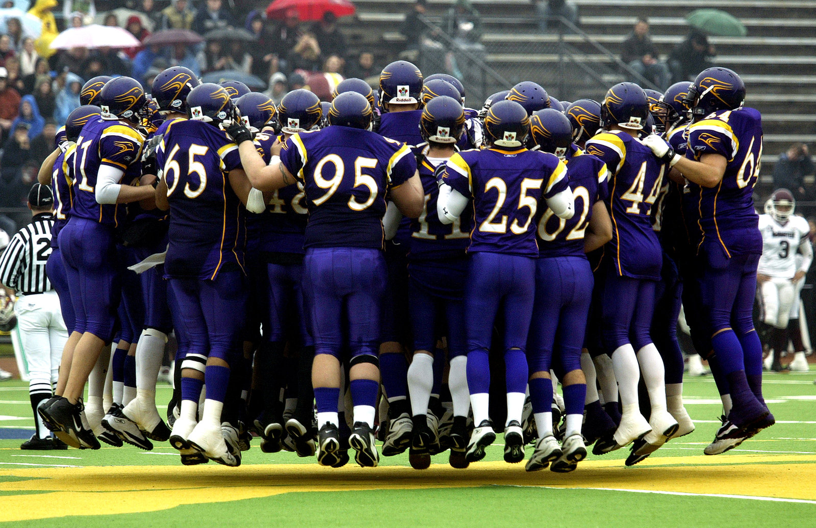 Wilfrid Laurier University Golden Hawks football team at 2005 OUA semi-final game