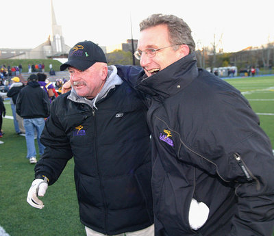 Gary Jeffries and Peter Baxter at the 2005 Uteck Bowl