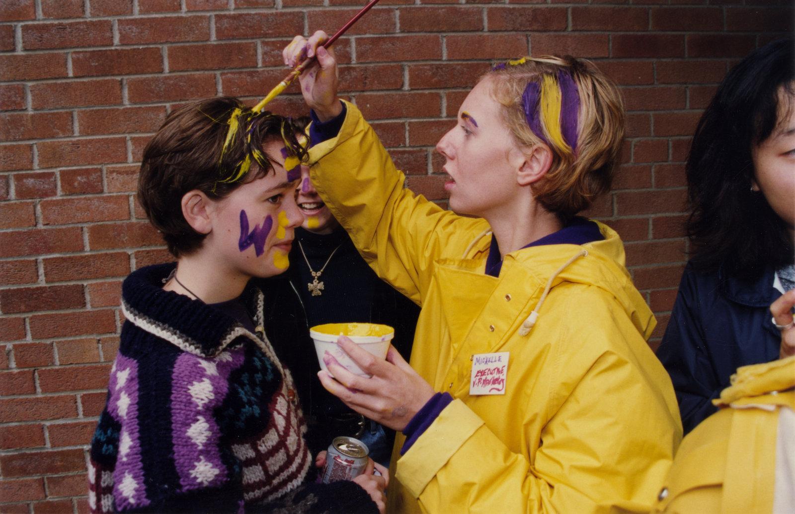 Students celebrating Homecoming '96