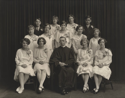 St. Peter's Evangelical Lutheran Church confirmation class, 1930