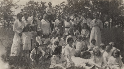 Church picnic, Evangelical Lutheran Church of the Redeemer, Montreal, Quebec