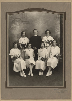 Evangelical Lutheran Church of the Redeemer confirmation class, 1934