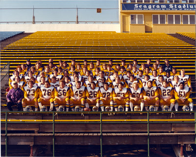 Wilfrid Laurier University men's football team, 1982-83