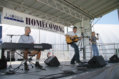 Blackwater Trio performing at Wilfrid Laurier University Homecoming game, 2005