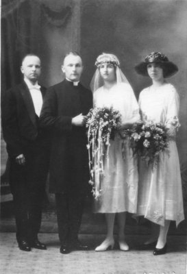 Reverend Albert Grunwald and Irene Adeline Fischer wedding portrait