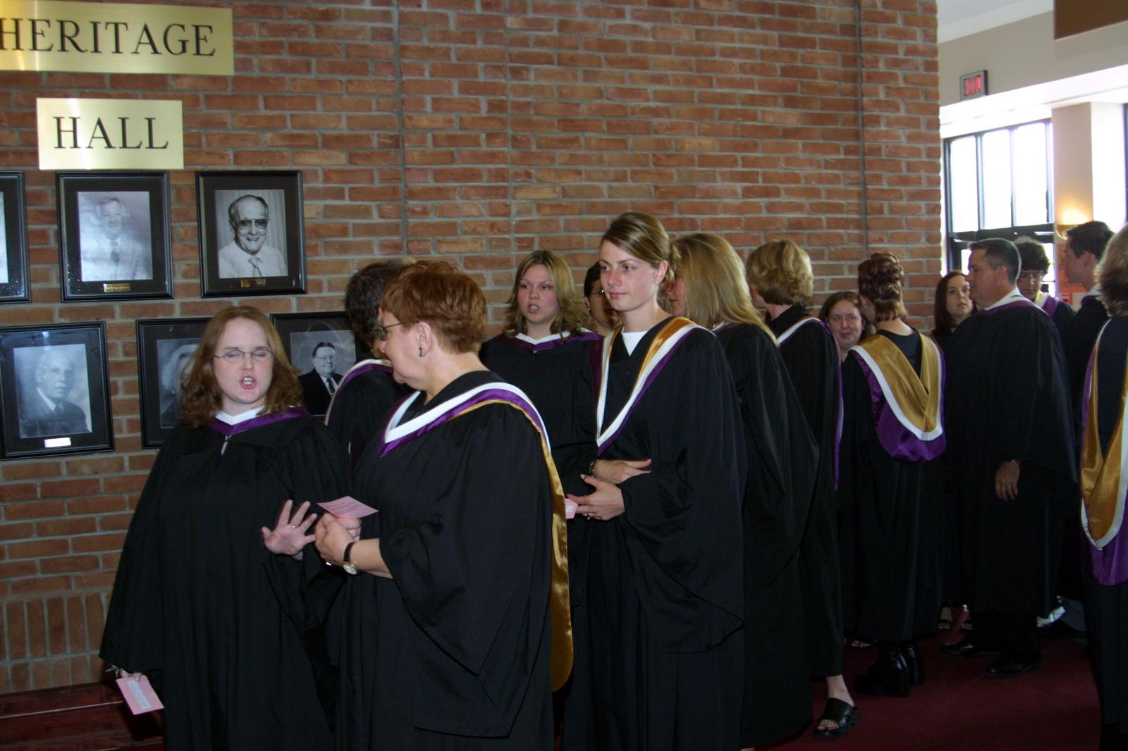 Laurier Brantford graduates at convocation, 2004