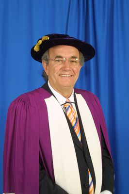 Buzz Hargrove at spring convocation, 2004