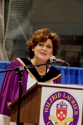 Lisa LaFlamme at Wilfrid Laurier University fall convocation, 2006