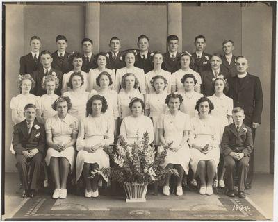 St. John's Lutheran Church confirmation class, 1944