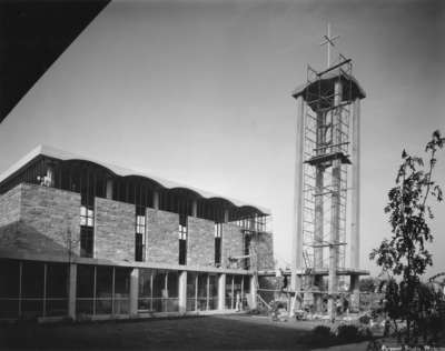 Construction of Waterloo Lutheran Seminary building