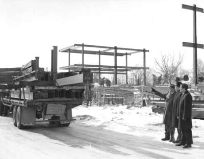 Construction of Waterloo Lutheran University Library