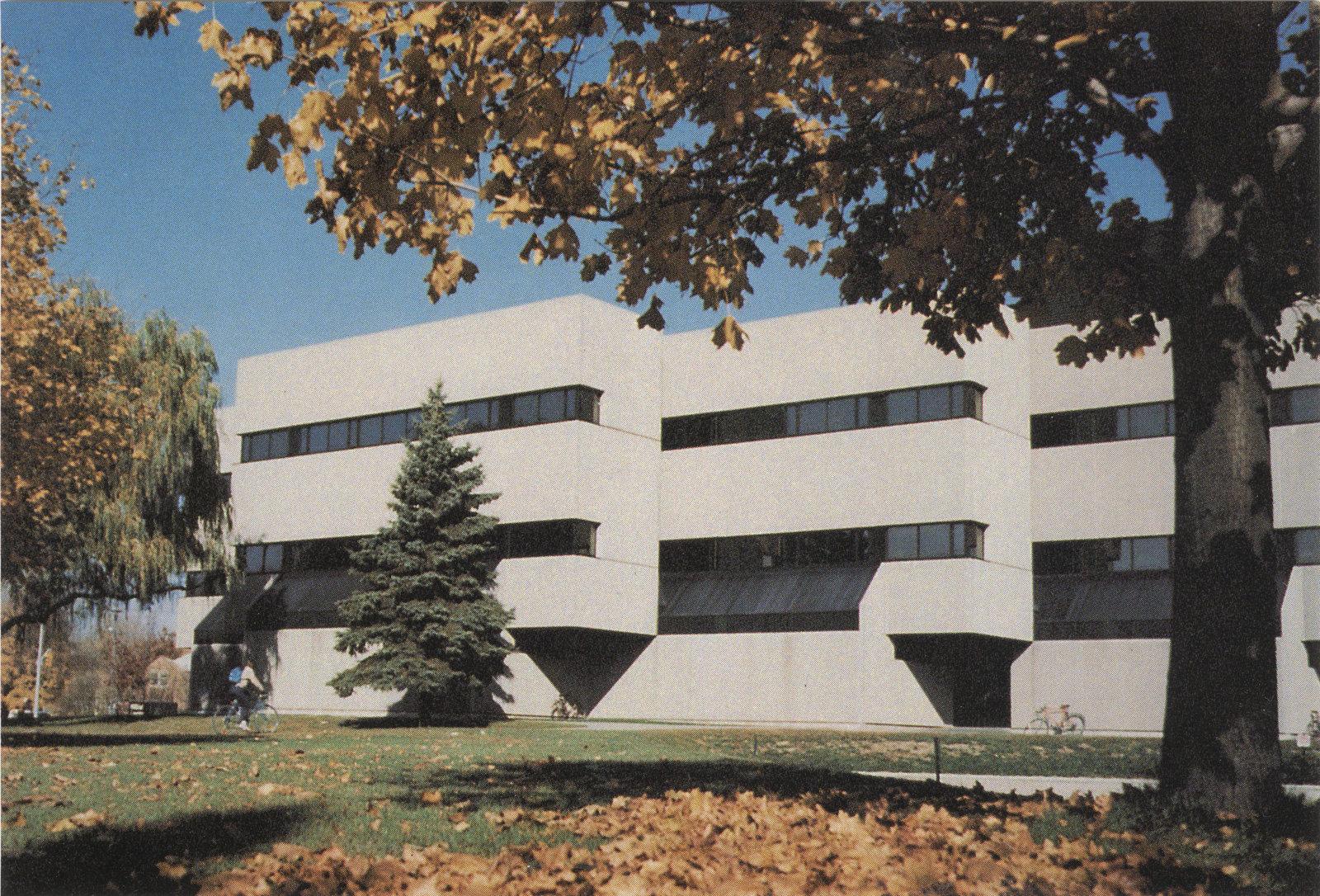 Frank C. Peters Building, Wilfrid Laurier University