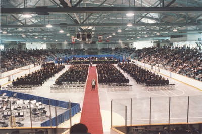 Spring convocation 2002, Wilfrid Laurier University