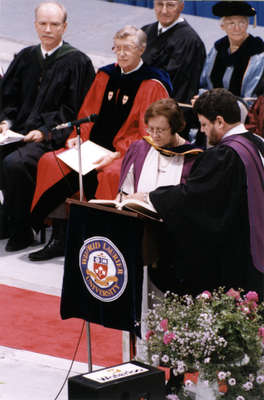 Spring convocation 1998, Wilfrid Laurier University