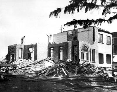 Demolition of Conrad Hall, Waterloo Lutheran University