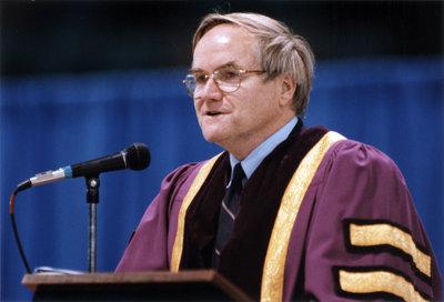 Robert Rosehart at spring convocation 1998