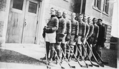 Waterloo College hockey team, 1929