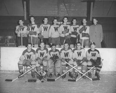 Waterloo College hockey team, 1953-54