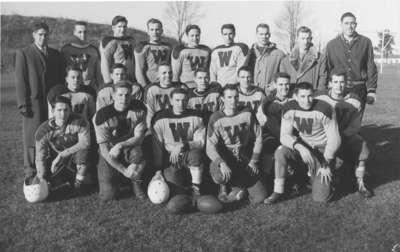 Waterloo College football team, 1953-54