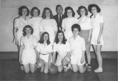 Waterloo College women's basketball team, 1945-46