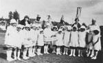 Dundarave School Maypole Dancing Team